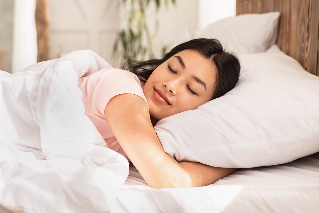 Wichtig für einen guten Schlaf - Das richtige Bett! Stockfoto-ID: 366619633 Copyright: Milkos